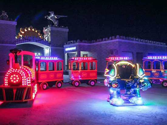 Beston Trackless Train for Kids and Robot Rides In Uzbekistan Theme Park